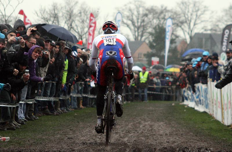 Sven Nys took an early lead. 2009 Azencross - Loenhout GVA Trofee Series. ? Bart Hazen