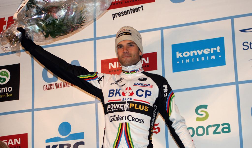 Albert retains control of the series. 2009 Azencross - Loenhout GVA Trofee Series. ? Bart Hazen