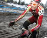 Scott Frederick tries to make the top 10. © Cyclocross Magazine