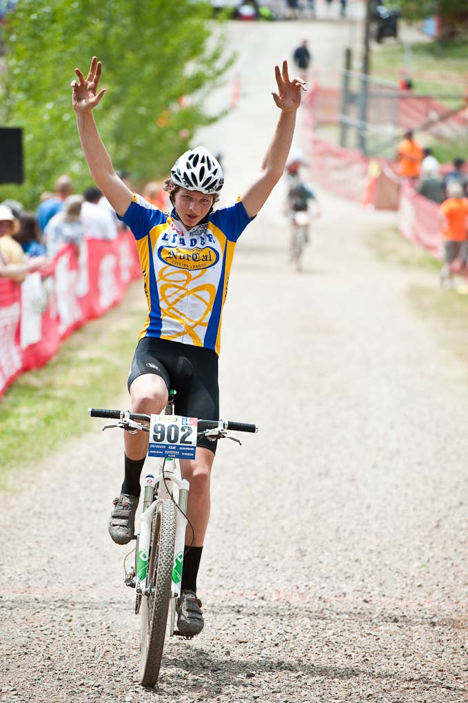 Tamalpais High\'s Alex Howard wins the Frosh Boy\'s Division 2 race during the NICA California State Championships at Loma Rica Ranch in Grass Valley, California on May 16, 2010. © Robert Lowe.