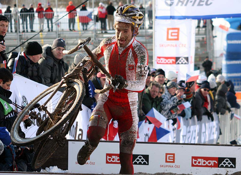 Kacper Szczepaniak was dropped by his older brother. 2010 U23 Cyclocross World Championships. ? Bart Hazen