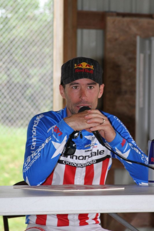 National champ Tim Johnson talking at the post-race Q&A. © Amy Dykema