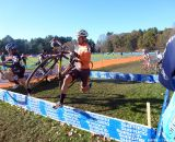 Sprint over the barriers. © Cyclocross Magazine