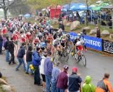 Big crowds and a big field for the Elite Men © Natalia Boltukhova | Pedal Power Photography | 2011