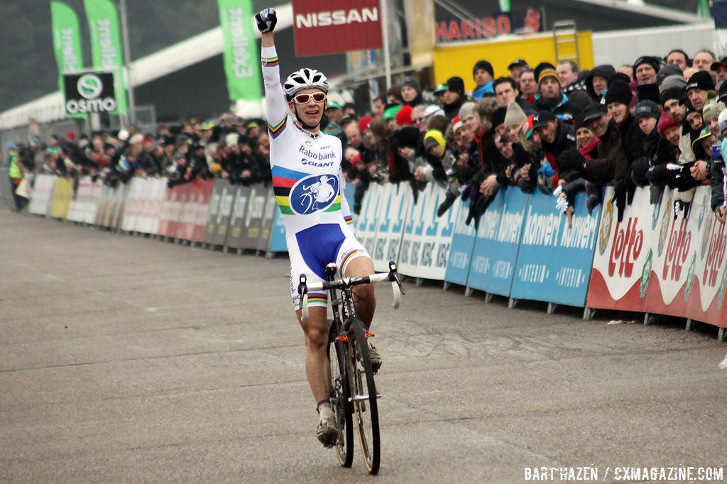 Lars van der Haar wraps the season with a win in Oostmalle.