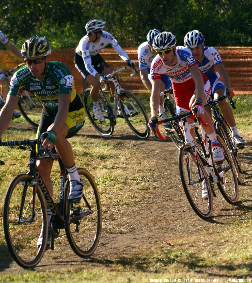 Nys leads the pack. © Renner Custom CX Team, Gregg Germer