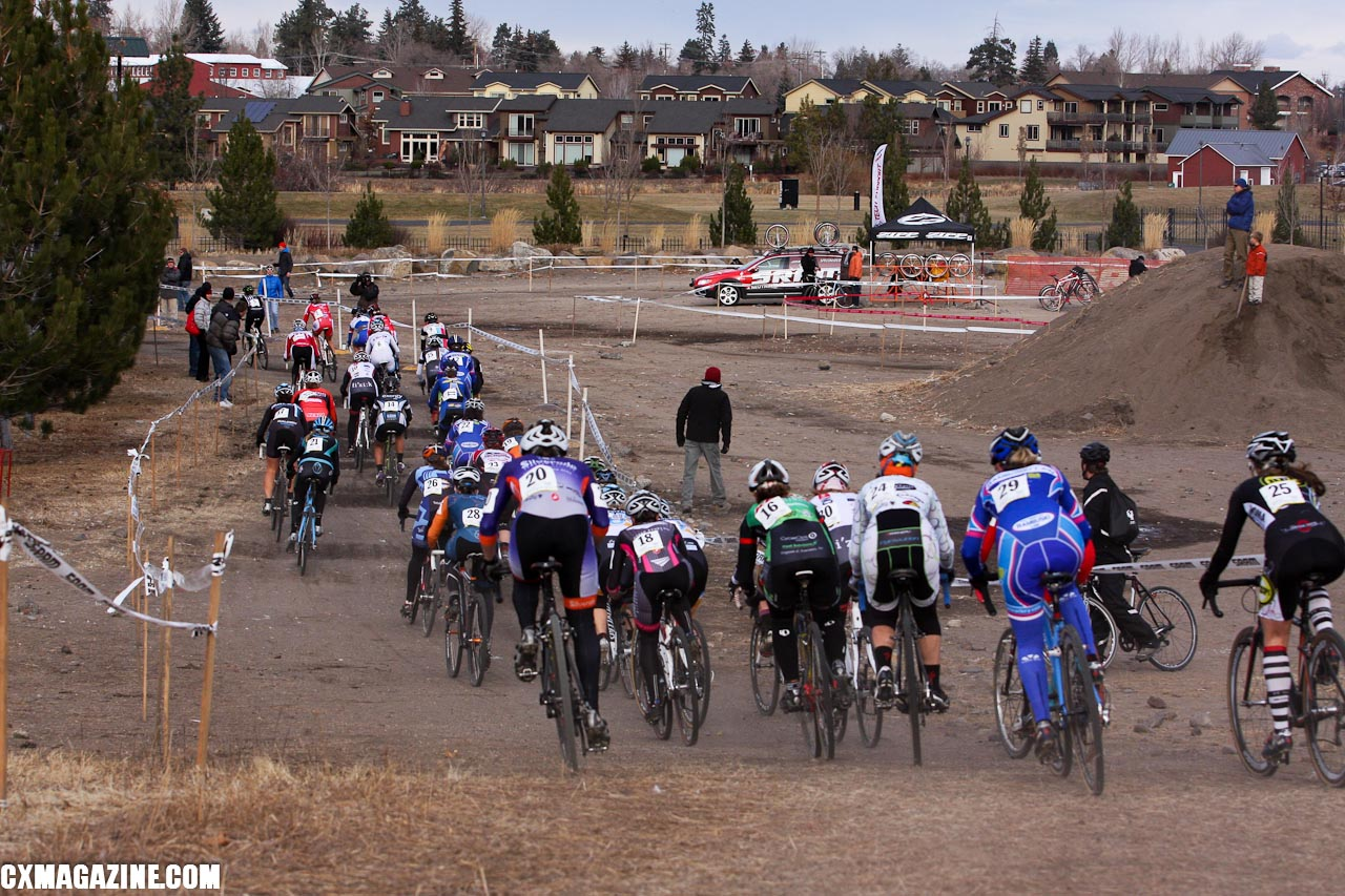 The women\'s field heads for the rocky part of the course. ©Pat Malach