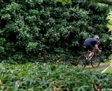 Masters racer John Irvine make a dash through the foliage. © Joe Sales