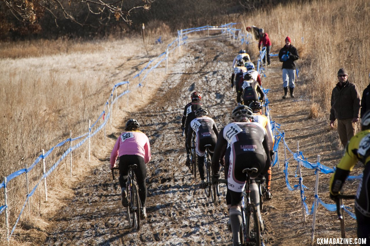 Bahnson surges on the climb to catch the leaders. Collegiate Men D2. ©Cyclocross Magazine. © Cyclocross Magazine