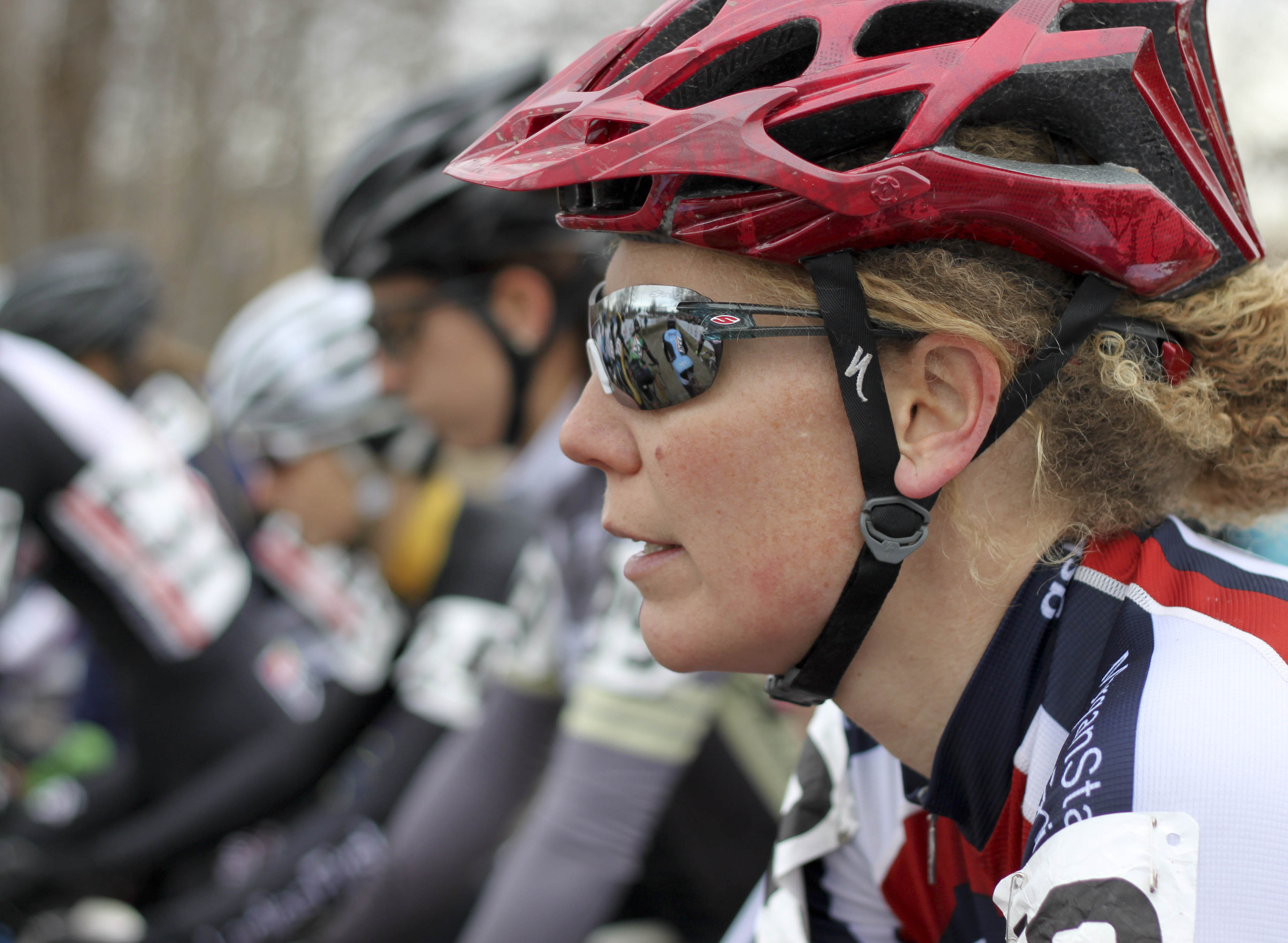 A rider awaits the start of the 30-34 Masters Women\'s race. © Cyclocross Magazine