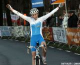 Annefleur Kalvenhaar wins the junior women's race