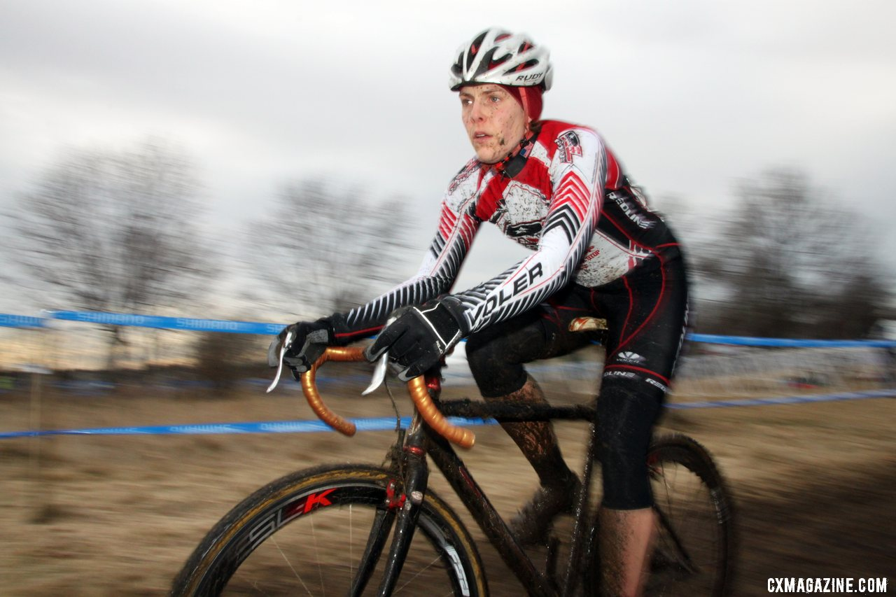 Kari Studley handily took the win. © Cyclocross Magazine