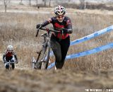 Julia Casals ran, some rode the second steep hill. © Tim Westmore