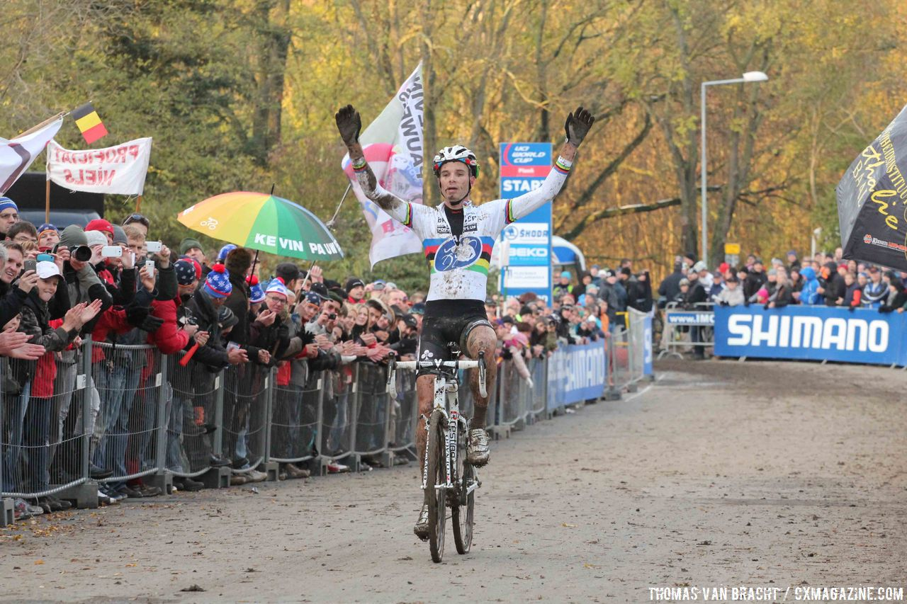 World Cup Plzen winner Niels Albert © Thomas van Bracht