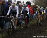 Sven Nys ( Crelan-KDL) leading the field. © Bart Hazen / Cyclocross Magazine
