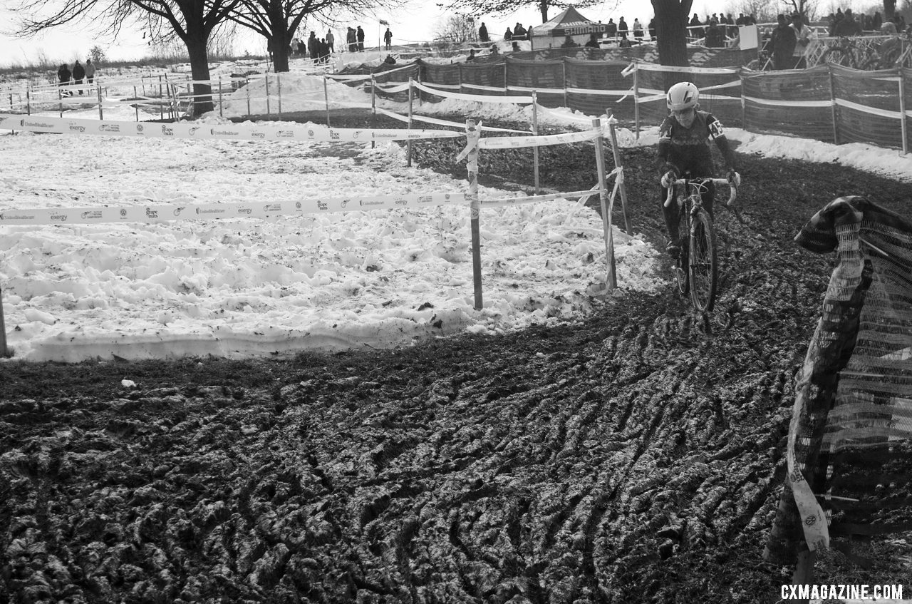 The mud was deep and challenging, making for long laps. Collegiate D1 and D2 Women, 2013 Cyclocross National Championships. © Cyclocross Magazine