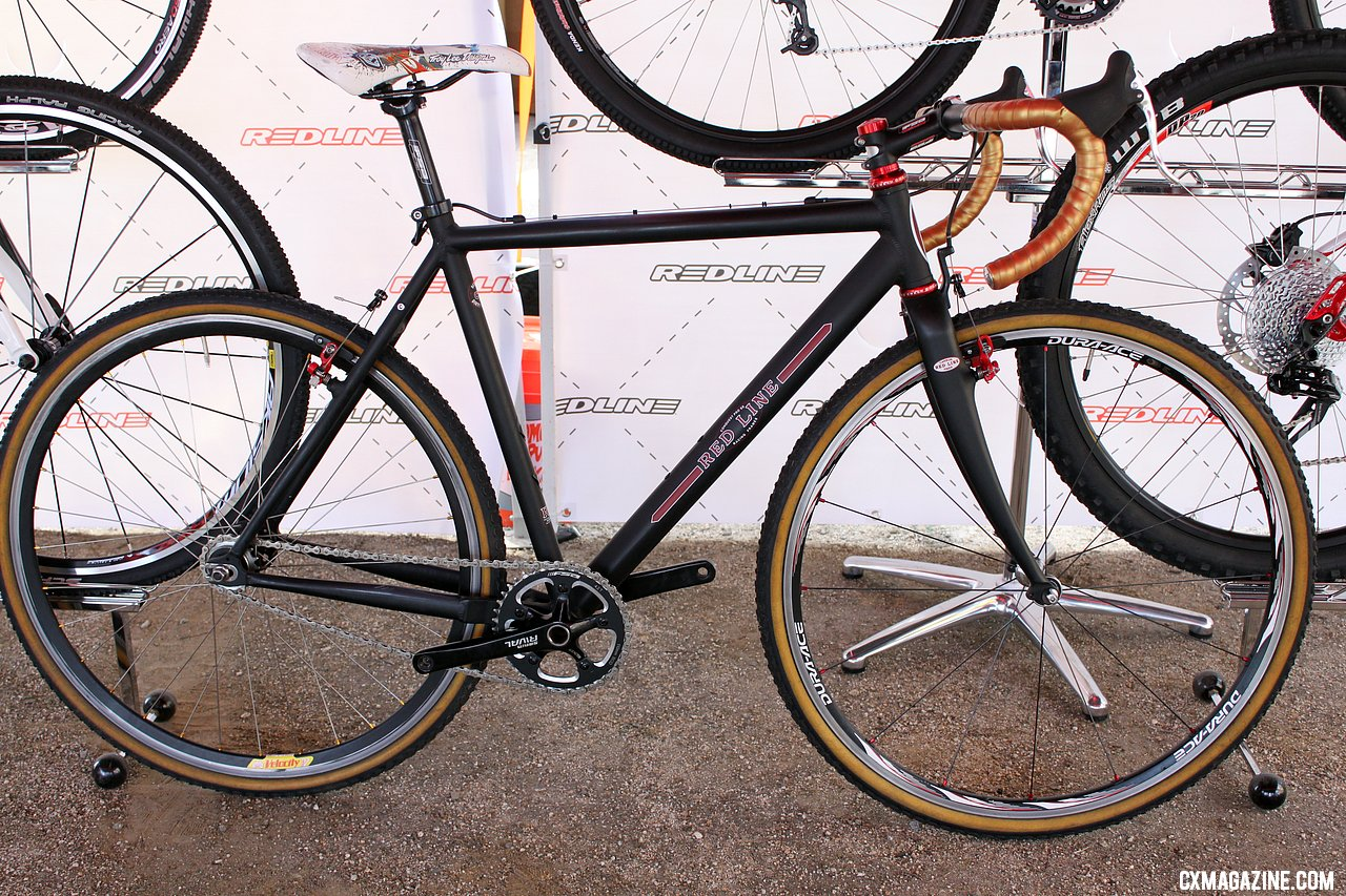Kari Studley\'s 2013 title-winning Redline Conquest Pro SS ride is almost identical minus wheels and tires to her SSCXWC bike from 2010. © Cyclocross Magazine