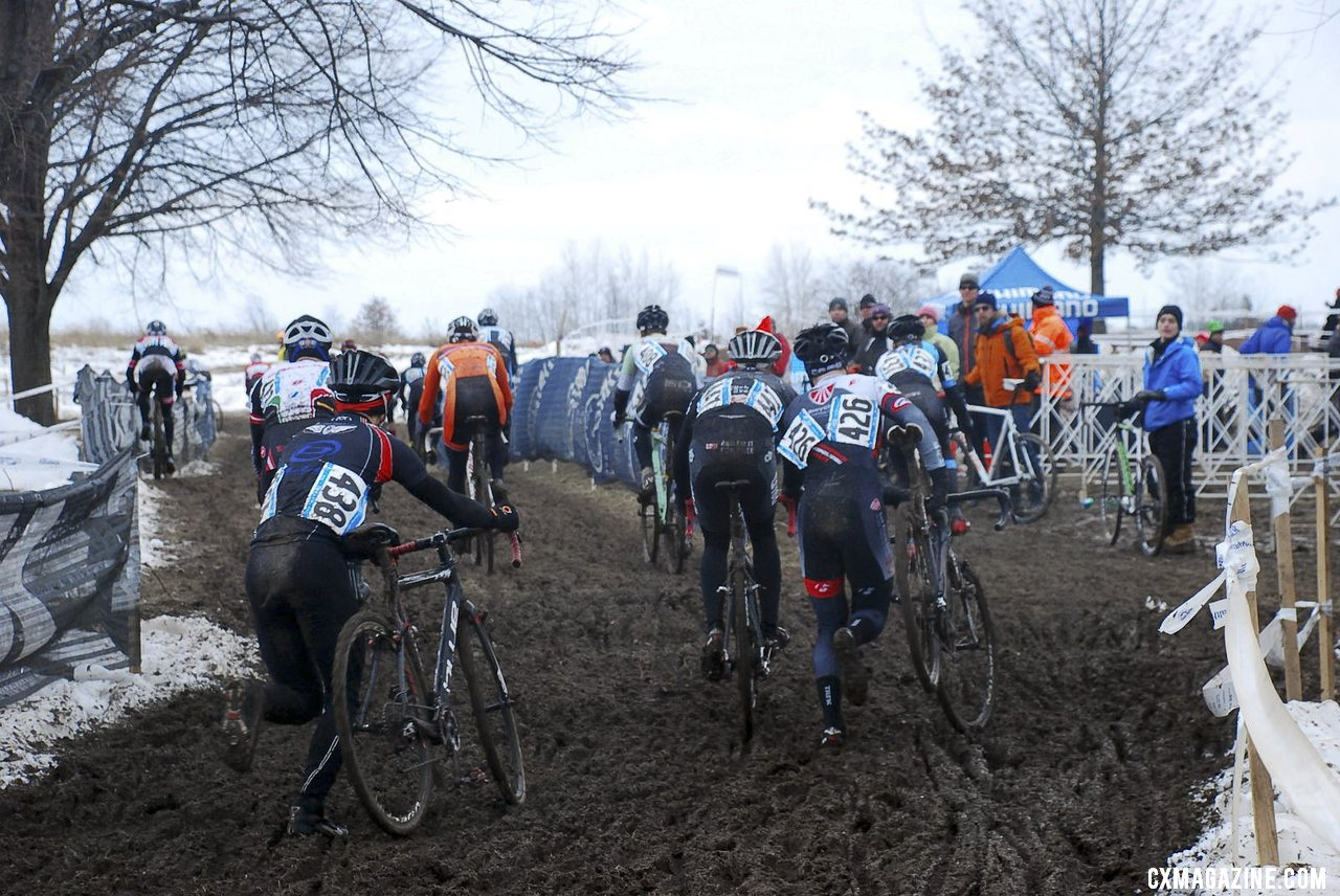 The Baby Masters (30-34) was a large field, with a crowded pit on early laps. 2013 Cyclocross National Championships. © Cyclocross Magazine