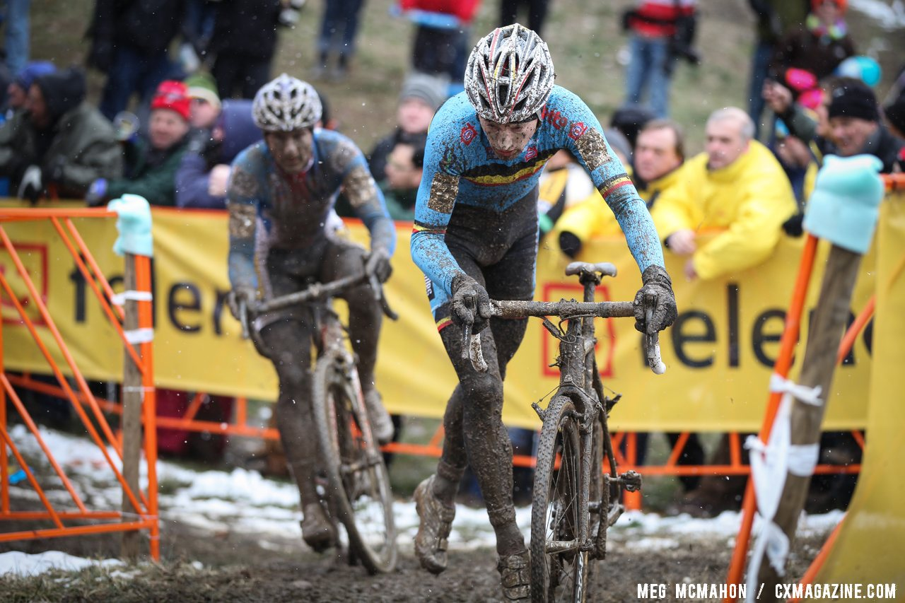 Kevin Pauwels leads Martin Bina in the early race © Meg McMahon