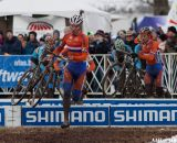 Mike Teeunissen leading the chase of Bosmans. © Cyclocross Magaz