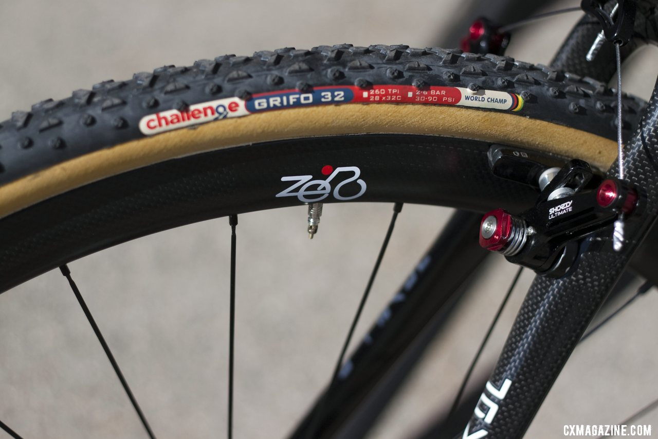 Keeping the Italian heritage with Challenge Tires and Zero wheels (Javelin\'s own line of components). © Cyclocross Magazine