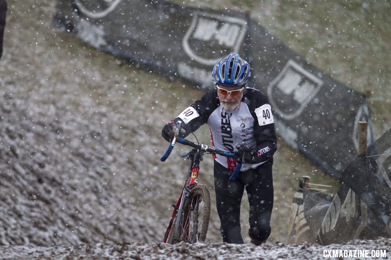 Walt Axthelm had a strong race but got pulled due to the combined categories. © Cyclocross Magazine