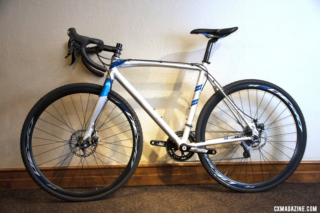 The 2013 $1550 aluminum Raleigh RX 2.0 brings Avid BB5 disc brakes to the masses. © Cyclocross Magazine