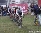 Sven Nys (Crelan–KDL) leading the field. © Bart Hazen