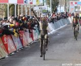 Sven Nys wins his first race in the rainbow jersey © Bart Hazen