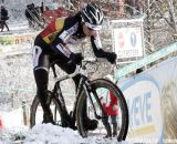 Sanne Cant navigating the tricky conditions © Bart Hazen