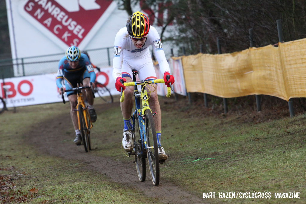 Yannick Peeters giving chase followed by Thijs Aerts. © Bart Hazen / Cyclocross Magazine