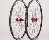 Reynolds Cycling's 29 Carbon XC wheel is tubeless ready and promises dual-duty use on the mtb and cx bike.