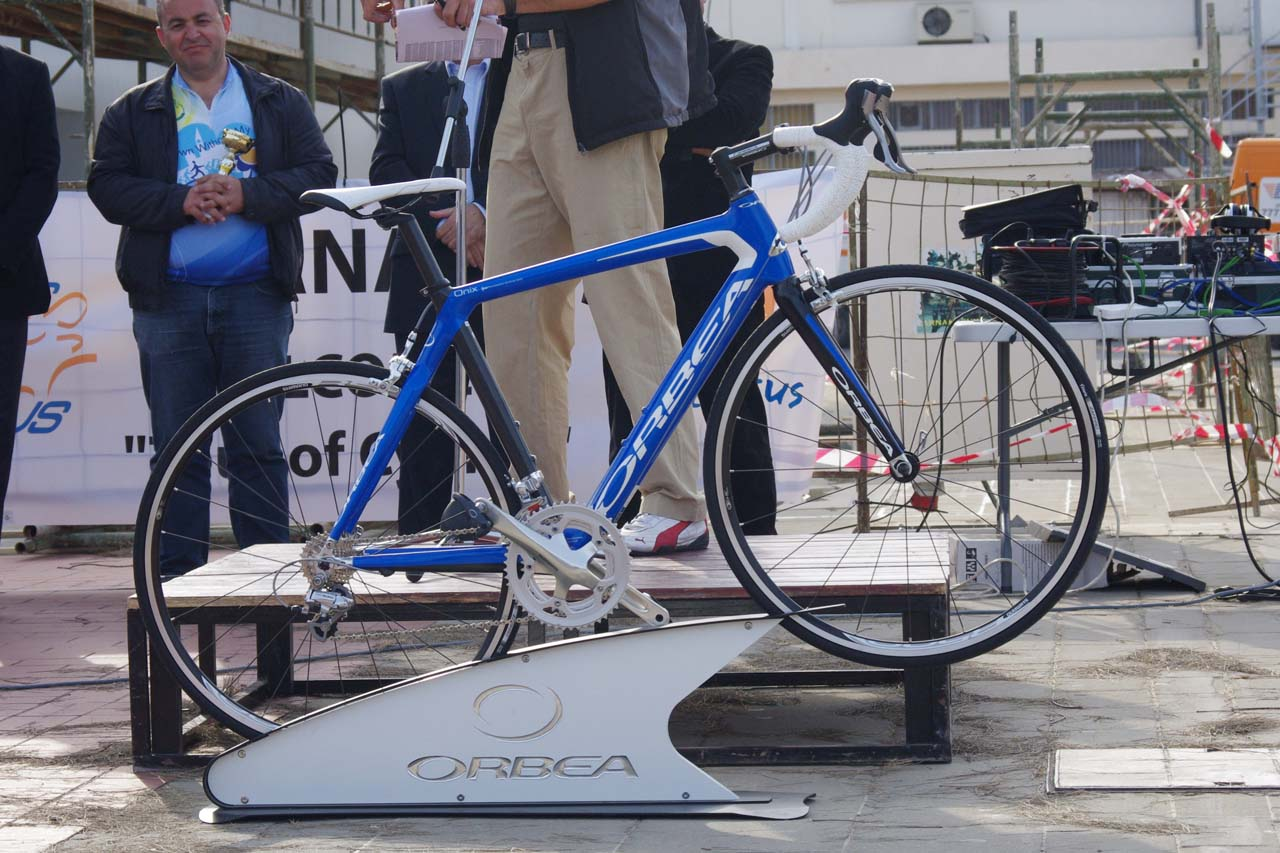 The top prize of the post-tour raffle was courtesy of bike sponsor Orbea. ? Jonas Bruffaerts