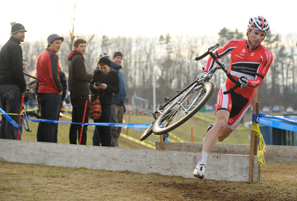 McNicholas blows through the barriers © Natalia Boltukhova | Pedal Power Photography | 2011