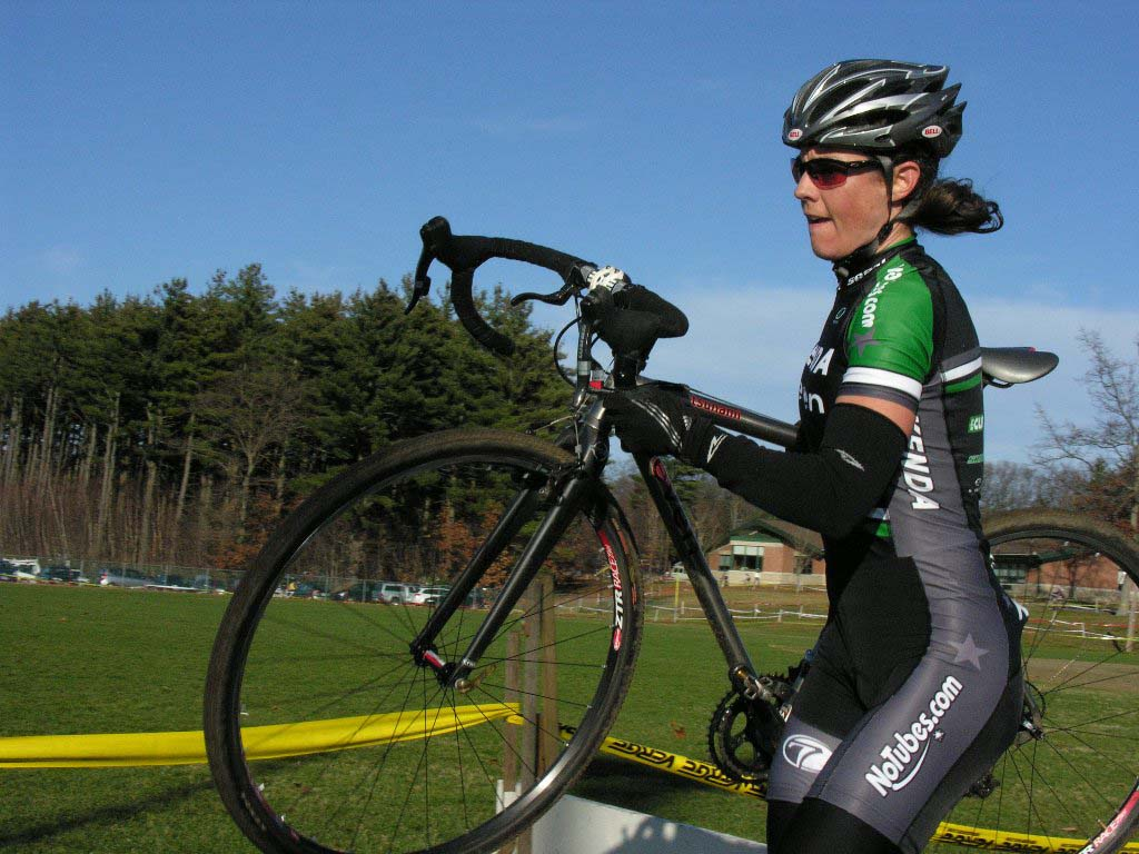 Mary McConneloug once again clobbers the elite women. Baystate Cyclocross, Day 1. ? Paul Weiss
