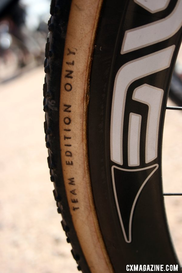 Challenge Team Issue tires feature a pure cotton 320 tpi casing. © Cyclocross Magazine