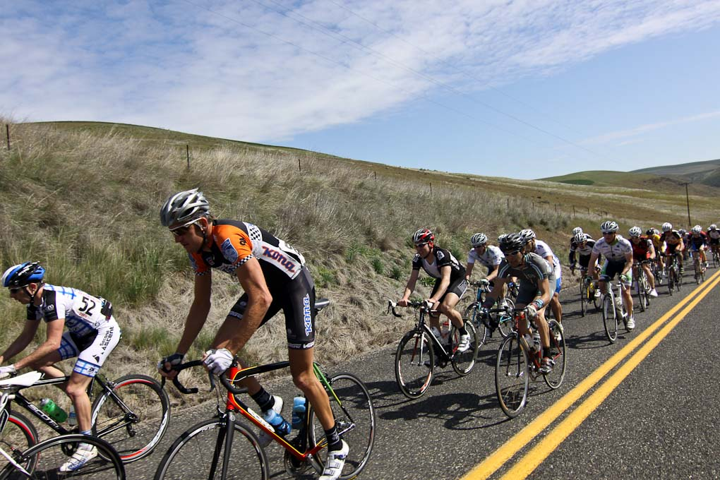 Trebon's not hard to pick out in this field ? Pat Malach, Oregon Cycling Action