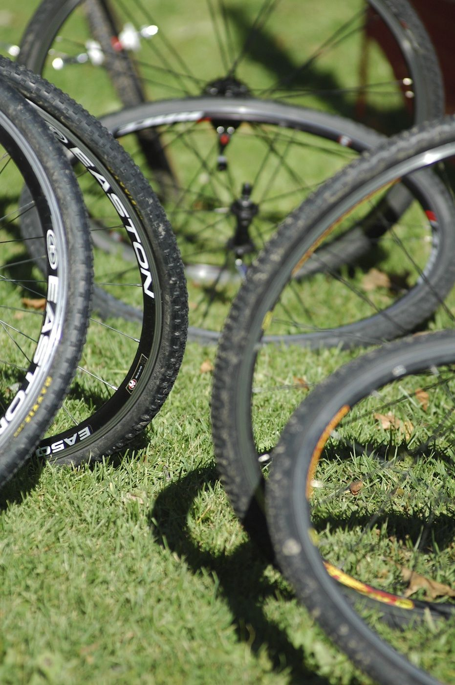 Wheel pit at the Chicago Cross Cup at Hopkins Park in Dekalb Illinois.  ©  Aaron Johnson