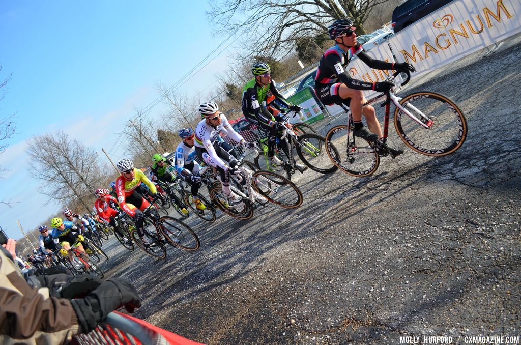 Powers takes the holeshot at Cincinnati Kings International Cyclocross. © Cyclocross Magazine