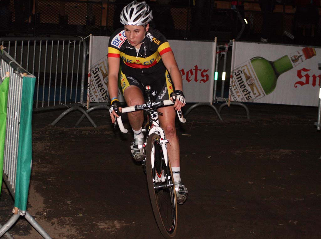 Sanne Cant claimed third in the elimination race. ? Bart Hazen