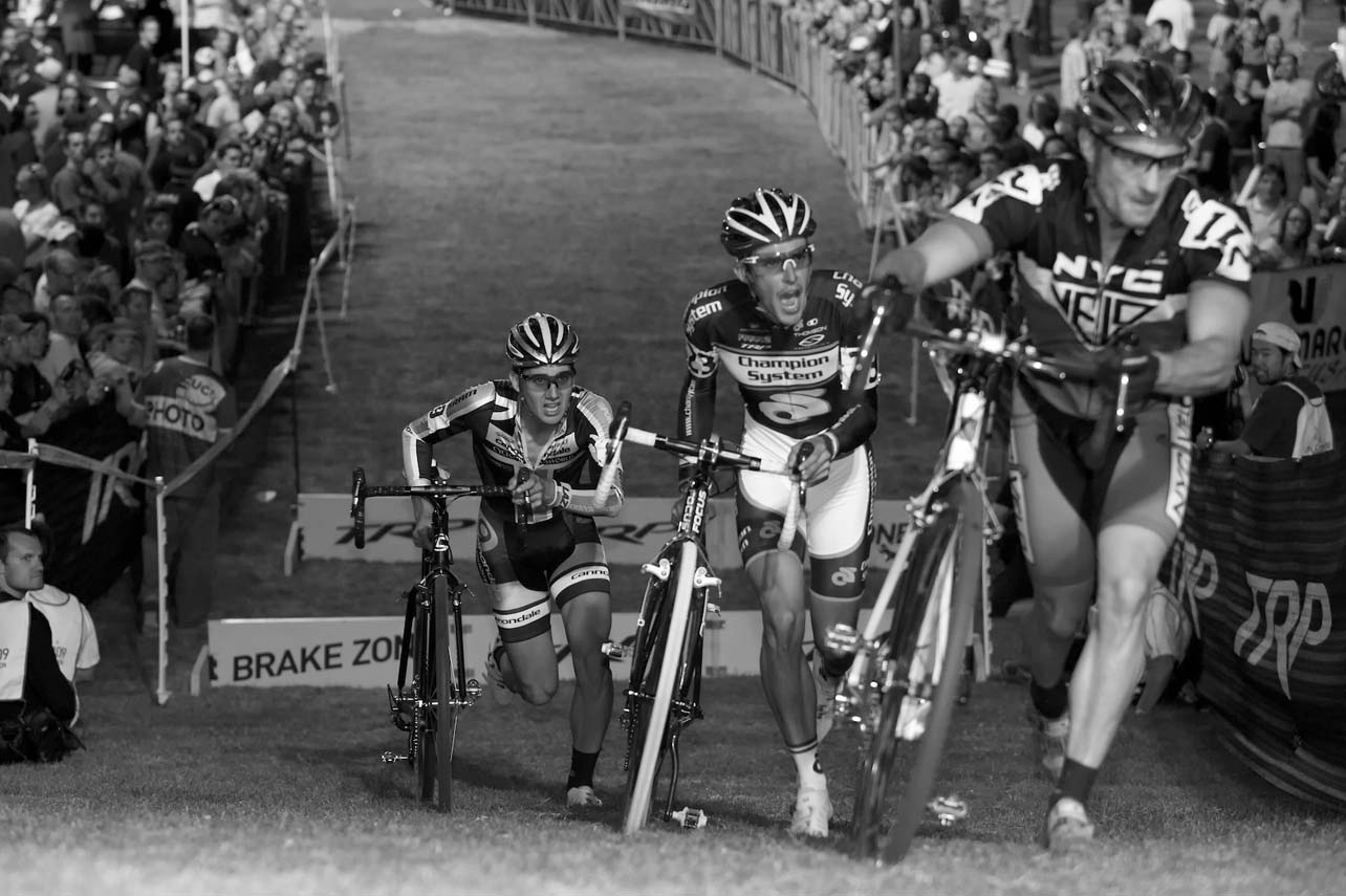 Lapped riders provided the biggest barrier on the course for the leaders, and proved disastrous for Christian Heule. ? Joe Sales