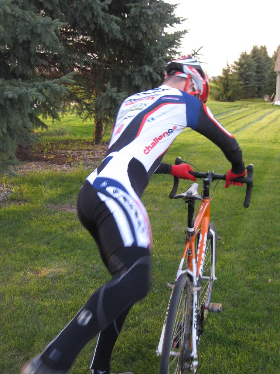 The thermal skinsuit has a chamois that doesn't get in the way of 'cross mounts.
