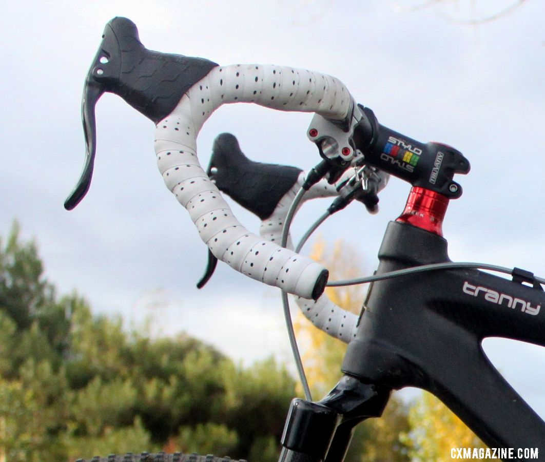 Standard Cane Creek brake levers connected to Formula R1 hydraulic disc brakes. © Cyclocross Magazine