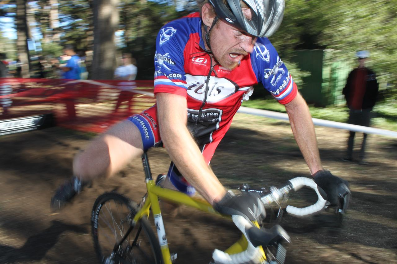 Lean and mean: In his third season back, Myrah's sleeves are looser and he's faster. ? Cyclocross Magazine