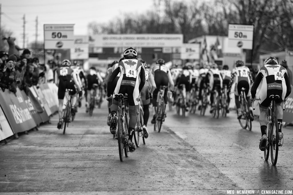 The start in the Elite U23 World Championships of Cyclocross 2013 © Meg McMahon