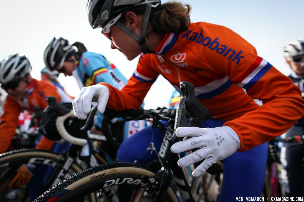 Vos at the start in the Elite Women World Championships of Cyclocross 2013 © Meg McMahon