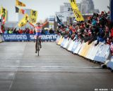 Vos takes the win with a huge margin in the Elite Women World Championships of Cyclocross 2013 © Meg McMahon