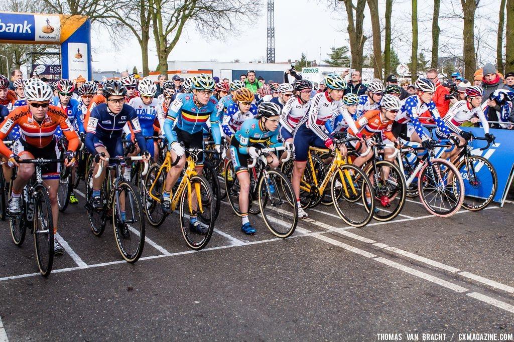 The women\'s start, game faces on at Elite Women UCI Cyclocross World Championships. © Thomas Van Bracht