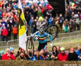 Sanne Cant workig toward fourth at Elite Women UCI Cyclocross World Championships. © Thomas Van Bracht