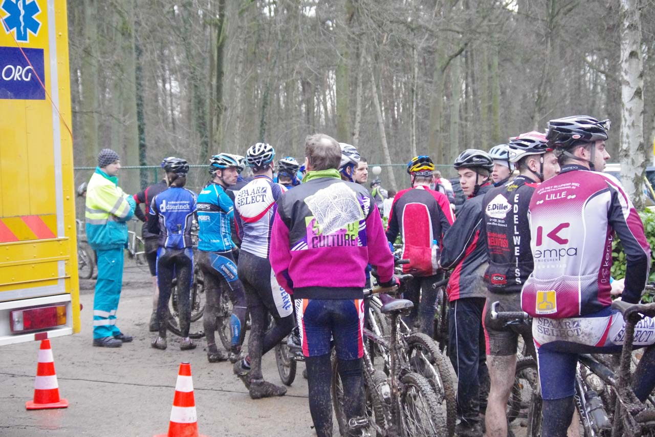 The bike wash line shows the variety of riders at the event. ? Jonas Bruffaerts
